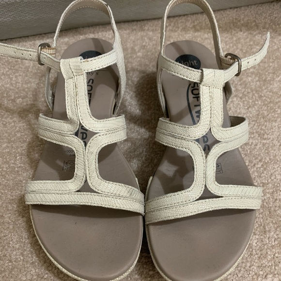 Softy softwaves wedge sandals sz 36 euro